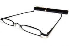 Ultra slim metal black reading glasses with aluminium tube with clip.